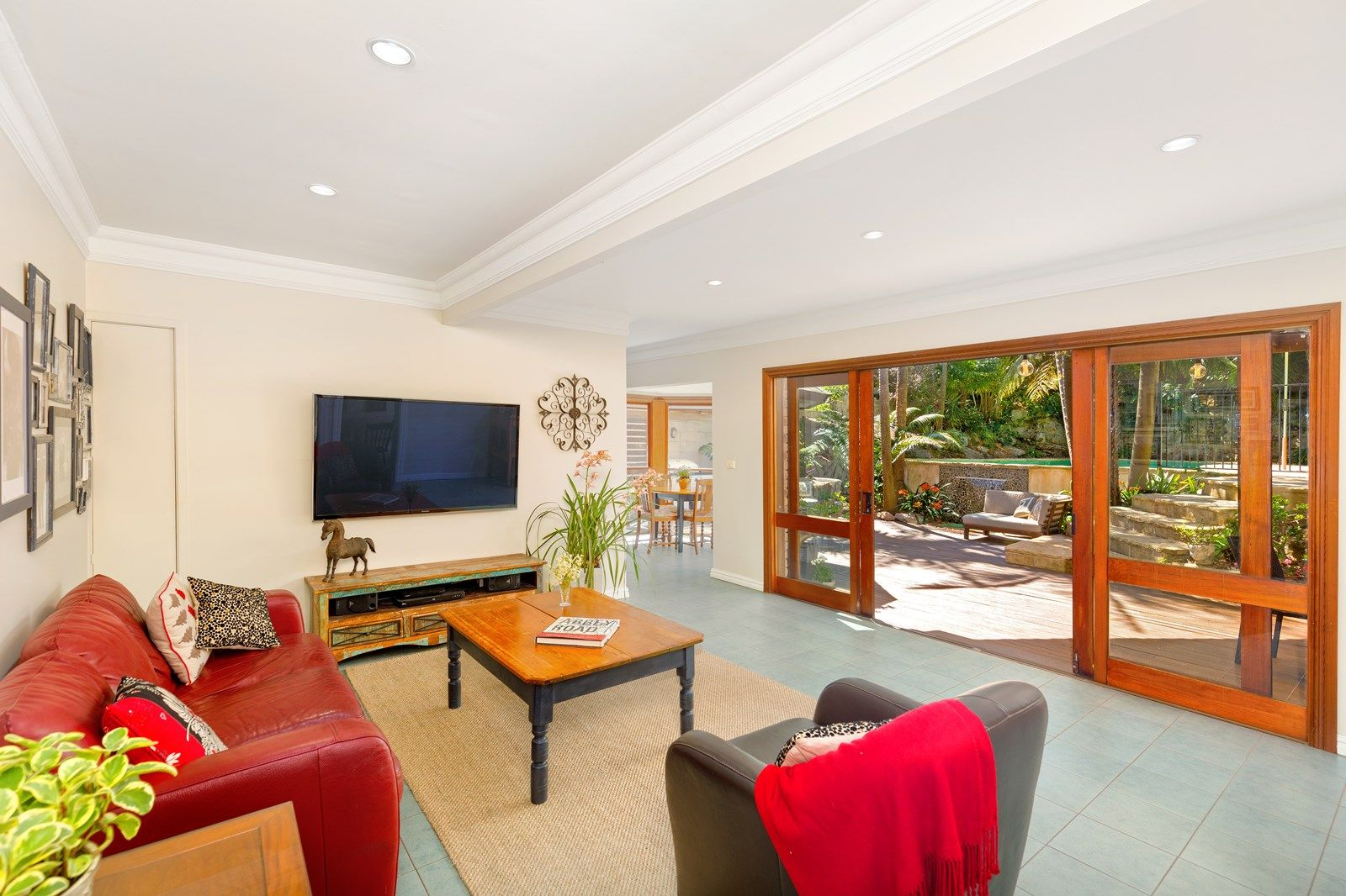 3 Young Crescent, Frenchs Forest NSW 2086, Image 2
