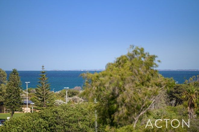 Picture of 10 Howick Court, COOGEE WA 6166
