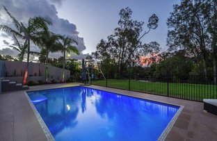 Picture of 27 The Peninsula, Helensvale QLD 4212
