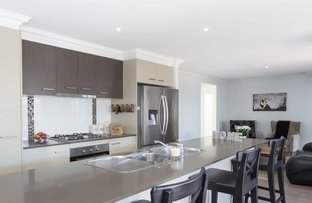 42 Willis Cl, Redland Bay QLD 4165