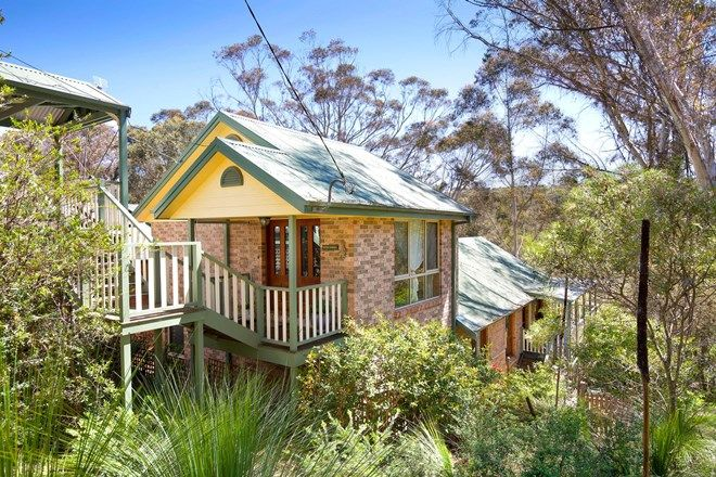 Picture of 20 Gladstan Avenue, KATOOMBA NSW 2780