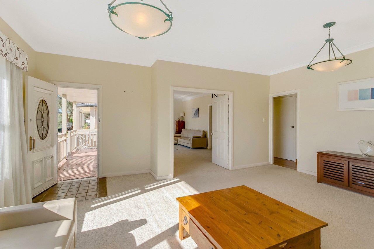 39 Inglebar  Avenue, Allambie Heights NSW 2100, Image 2