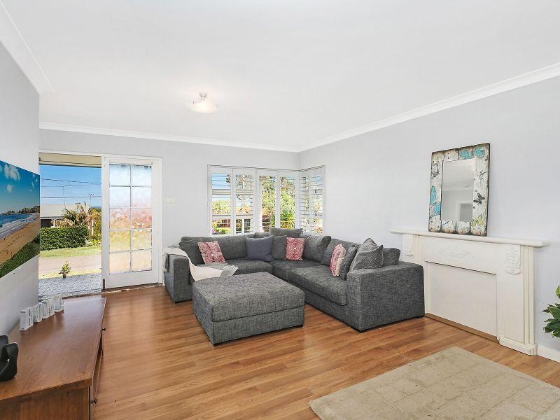 6 Clarence Street, Lake Munmorah NSW 2259, Image 2
