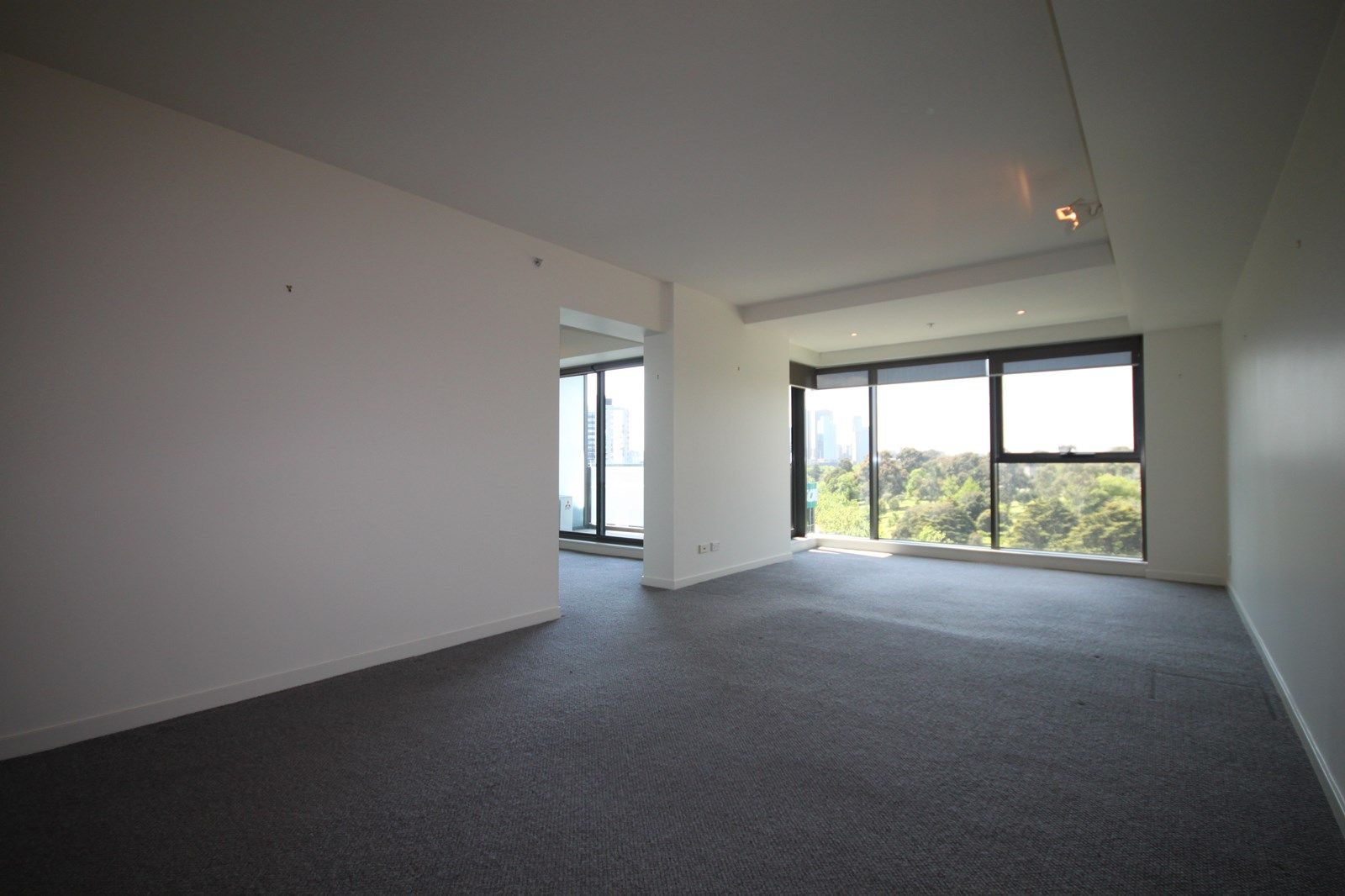 1006/2-14 Albert Road, South Melbourne VIC 3205, Image 1