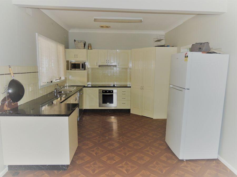 13 Dubbo Street, Coonamble NSW 2829, Image 1