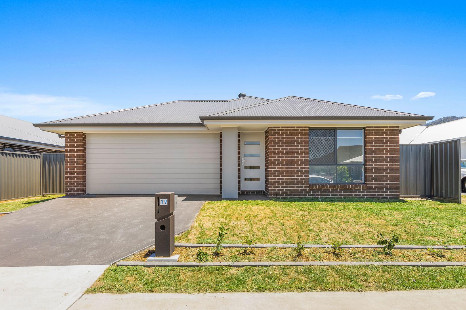 19 Acland Drive, Horsley NSW 2530, Image 0