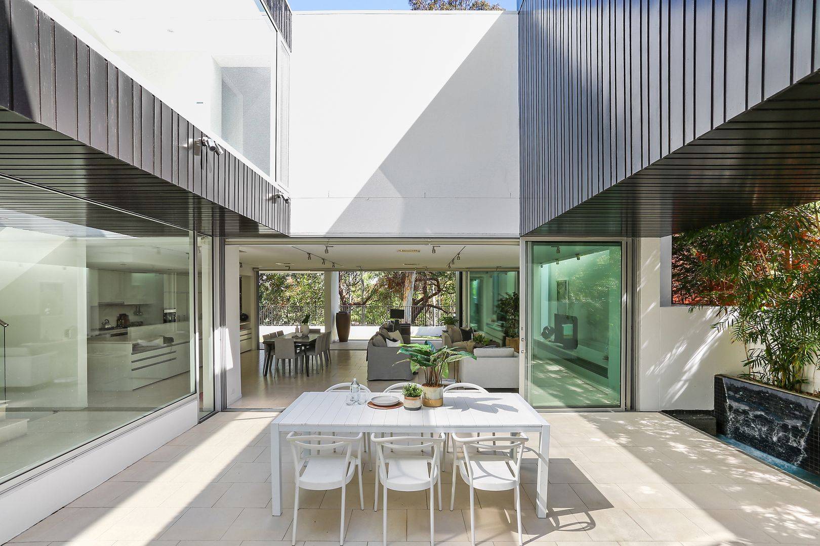 86 Tunstall Avenue, Kingsford NSW 2032, Image 2