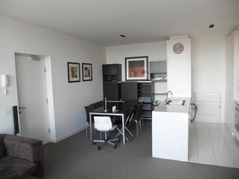 2807/483 Swanston Street, Melbourne VIC 3000, Image 1