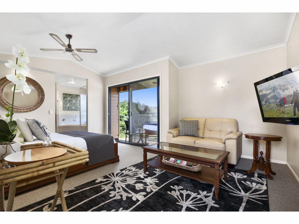 11 Hovard Road, Maleny QLD 4552, Image 2