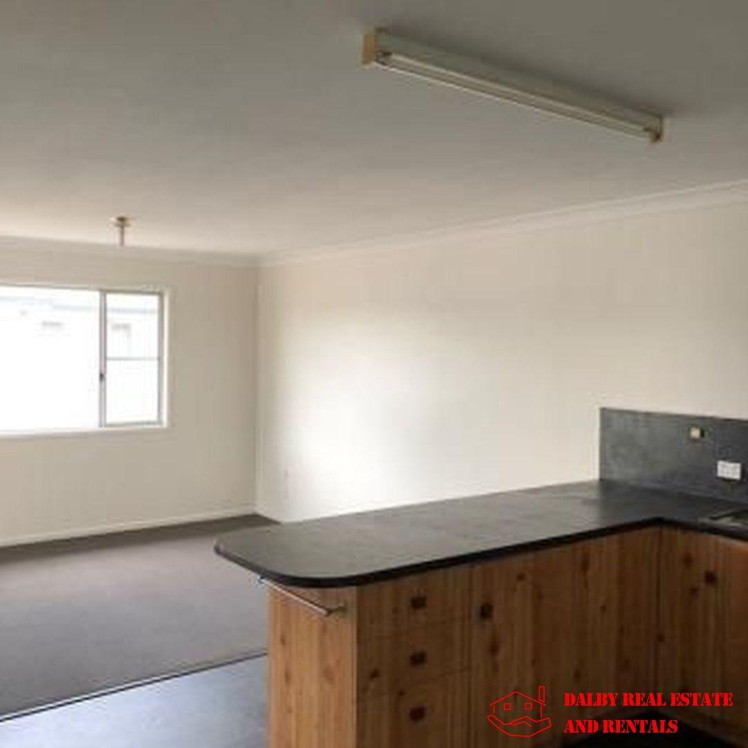 7/100 Drayton Street, Dalby QLD 4405, Image 2