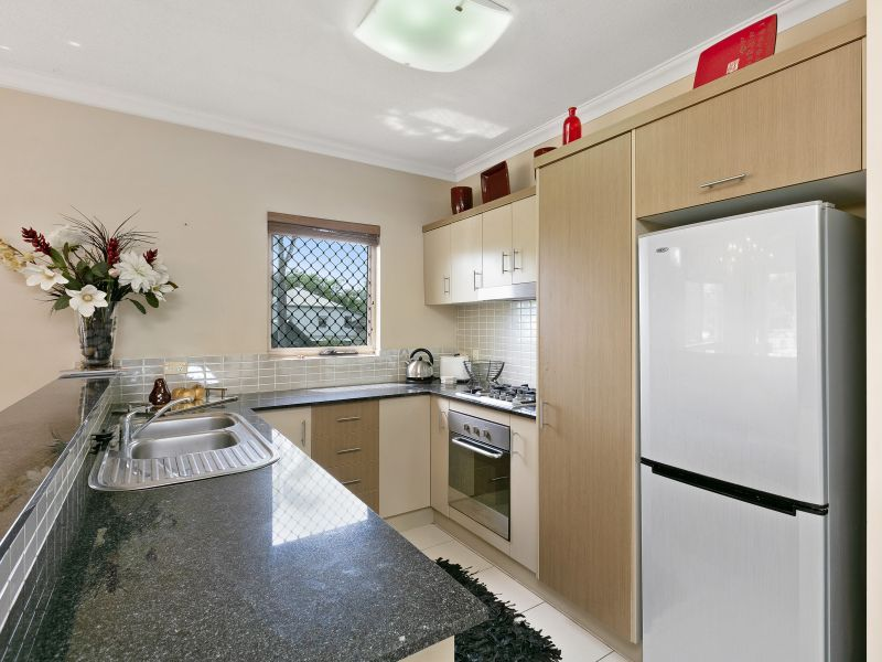 406/12 Gregory Street, Westcourt QLD 4870, Image 2