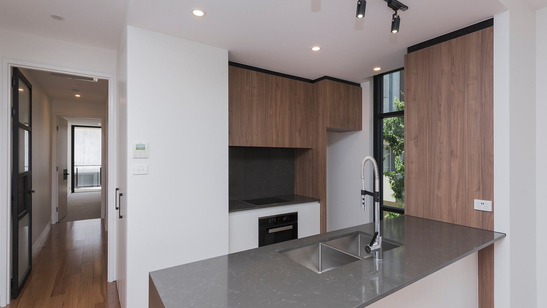8/219 Northbourne Avenue, Turner ACT 2612, Image 2
