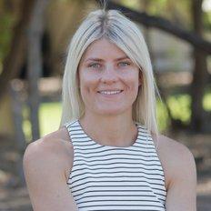 Aimee Siekierka, Sales representative