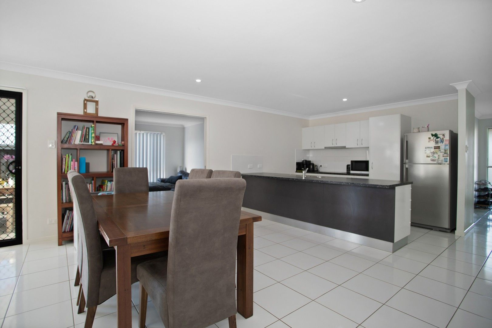 6 Hinkler Court, Rural View QLD 4740, Image 0