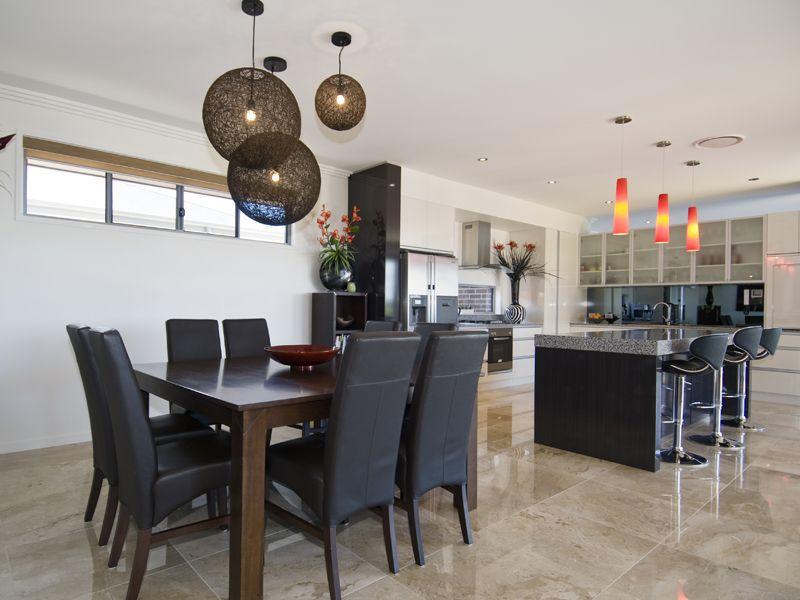 36 Parklands Boulevard, Wondunna QLD 4655, Image 2