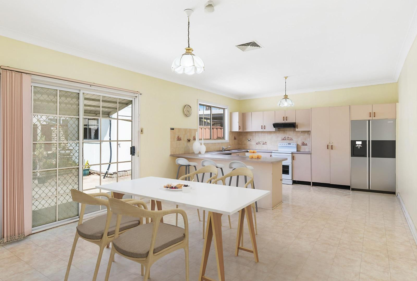 209 Henry Lawson Drive, Georges Hall NSW 2198, Image 2