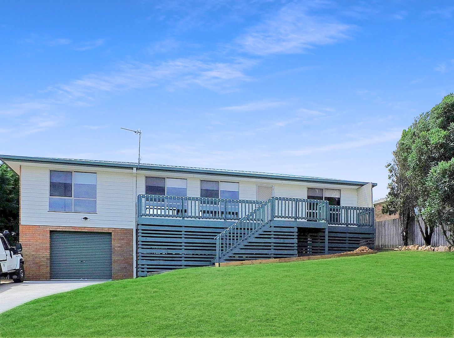 24 Uplands Avenue, Lakes Entrance VIC 3909, Image 0