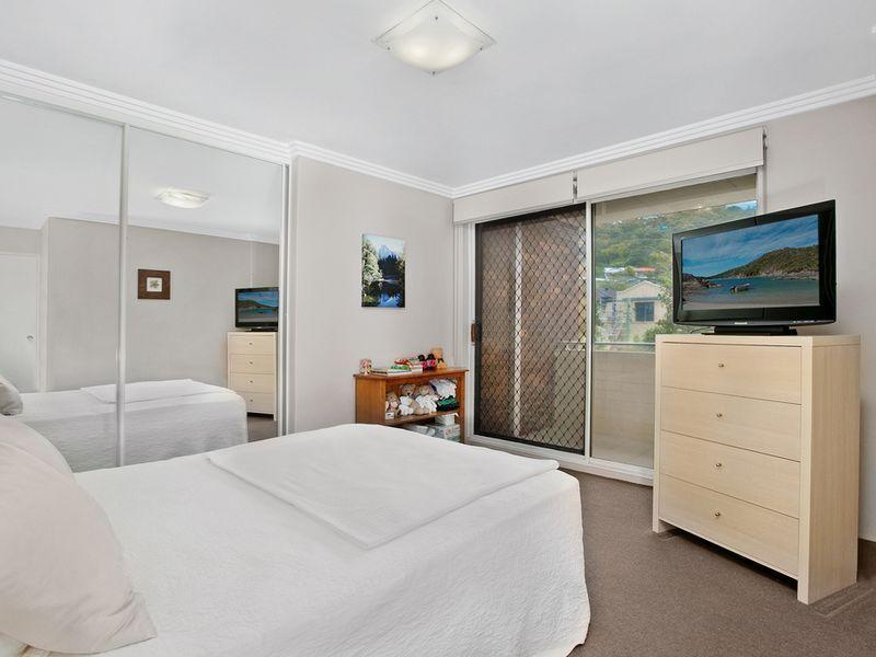 10/27-31 Ocean Avenue, Newport NSW 2106, Image 2