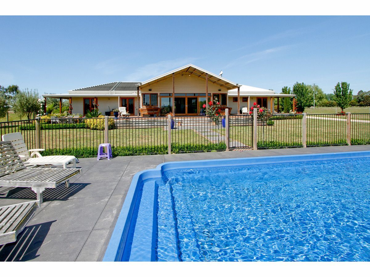 234 Gibsons Road, Sale VIC 3850, Image 0