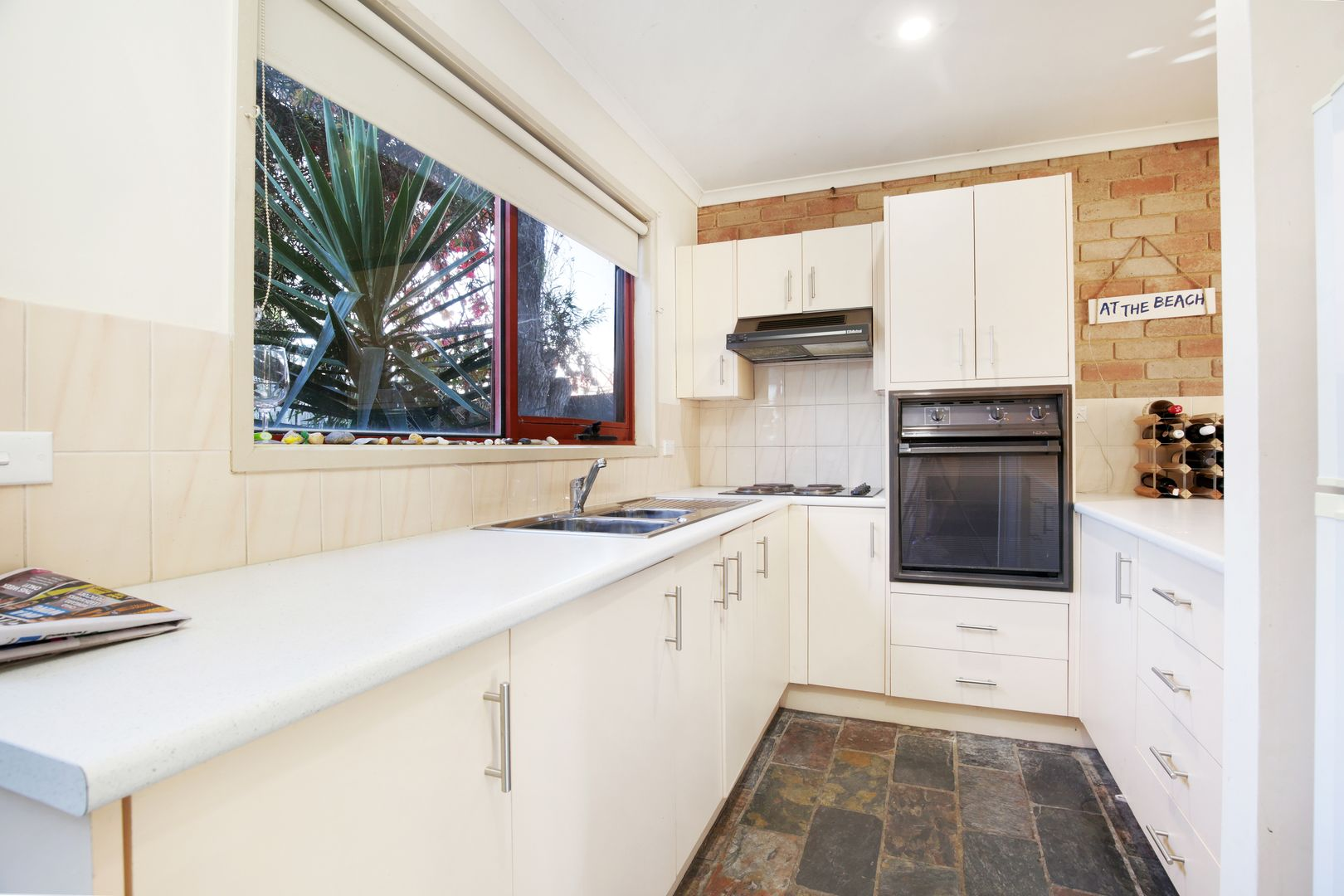 6/71 Geelong Road, Torquay VIC 3228, Image 2