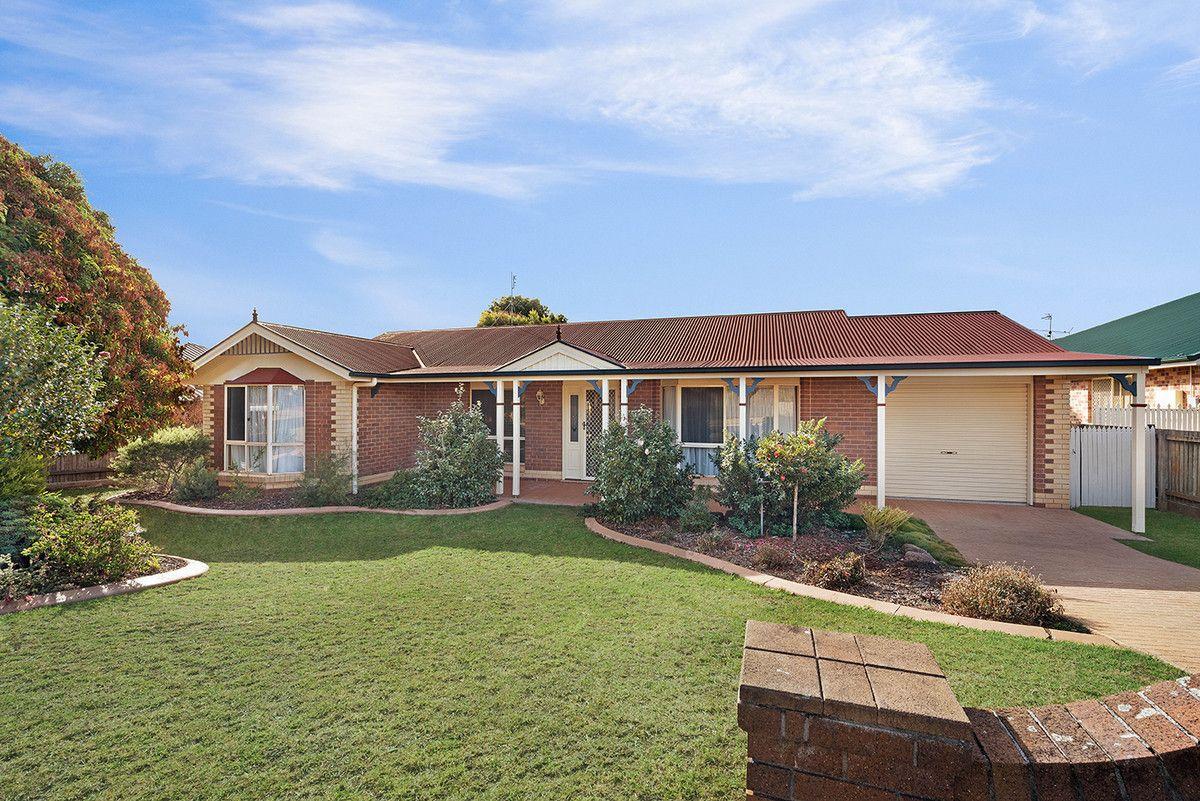 7 Zinnia Court, Middle Ridge QLD 4350, Image 0