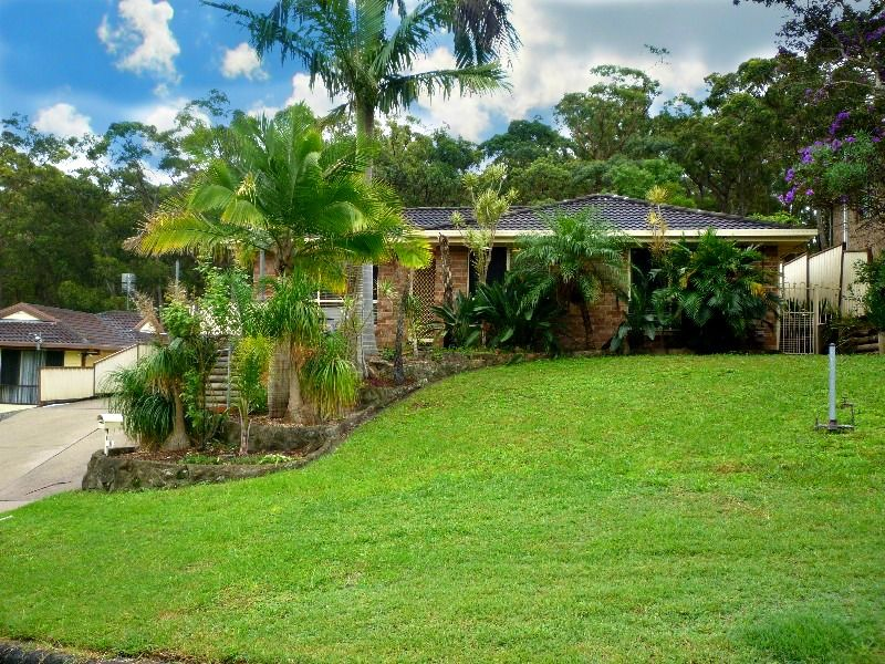 16 Bulwara Place, Bolton Point NSW 2283, Image 0