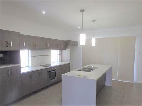 10 Corymbia Avenue, Bohle Plains QLD 4817, Image 1