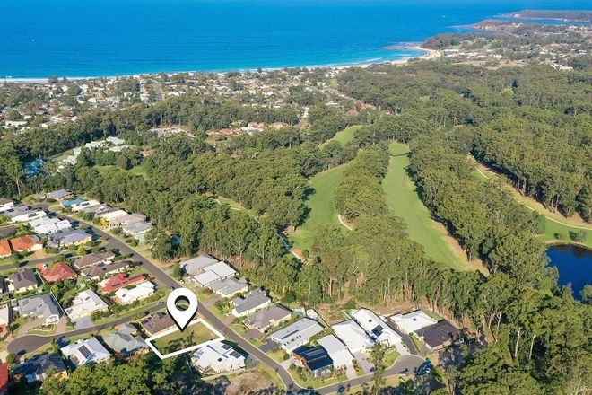 Picture of 32 Yarrawonga Drive, MOLLYMOOK NSW 2539