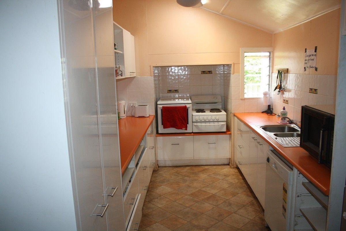 5 Gore St, Warwick QLD 4370, Image 2