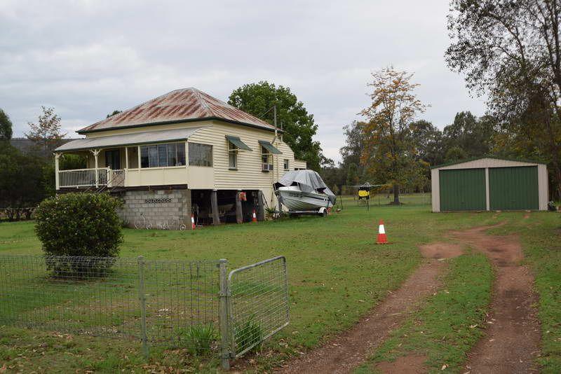 16 Latters Lane, Esk QLD 4312, Image 0