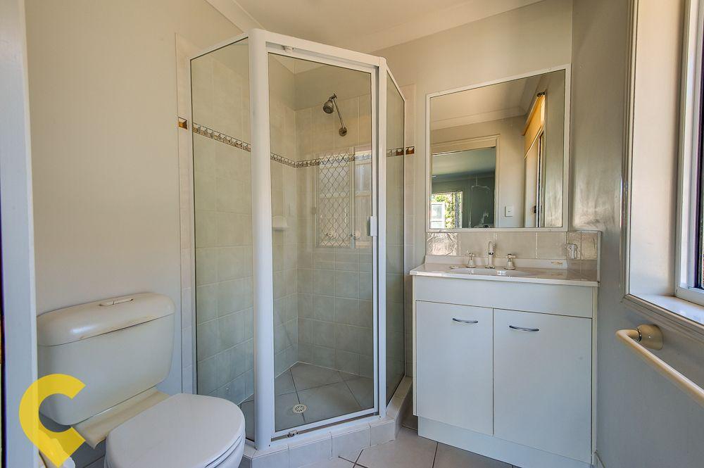 12 Wavecrest Place, Calamvale QLD 4116, Image 2