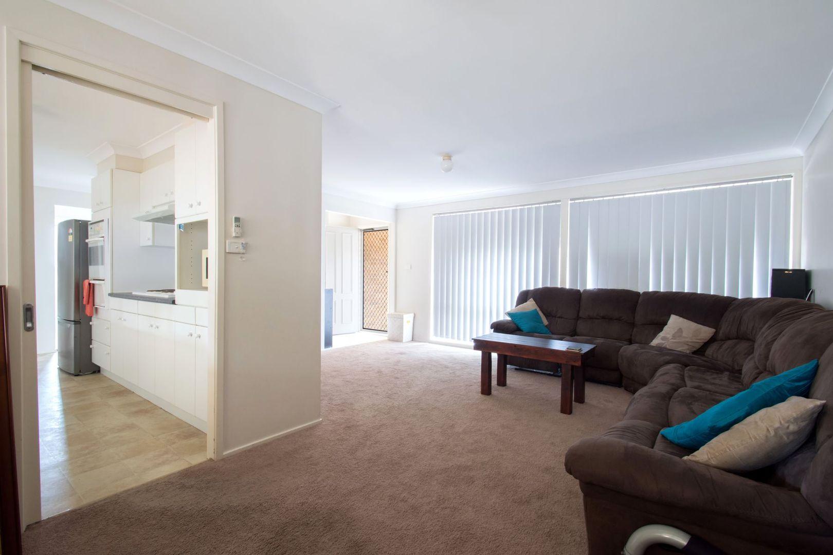 13 Peppercorn Place, Cranebrook NSW 2749, Image 2
