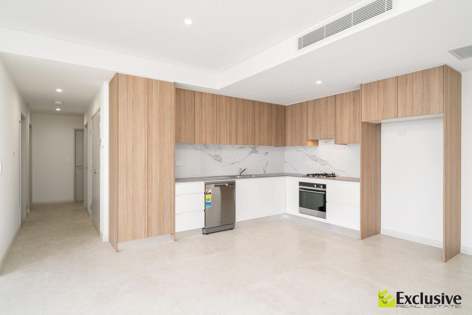 605/10-14 Smallwood Avenue, Homebush NSW 2140, Image 2