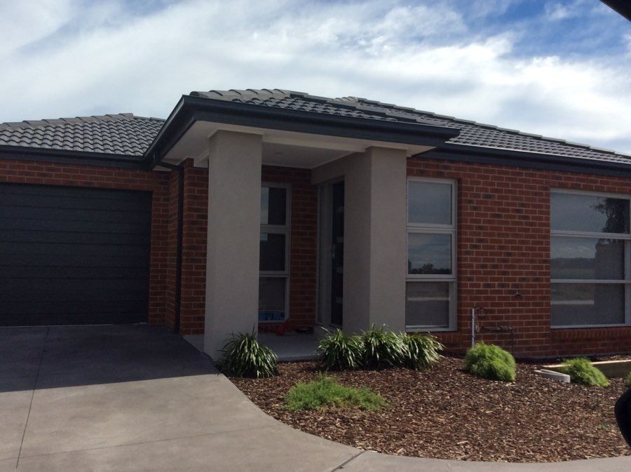 5 Hawkshead Place, Cranbourne North VIC 3977, Image 0