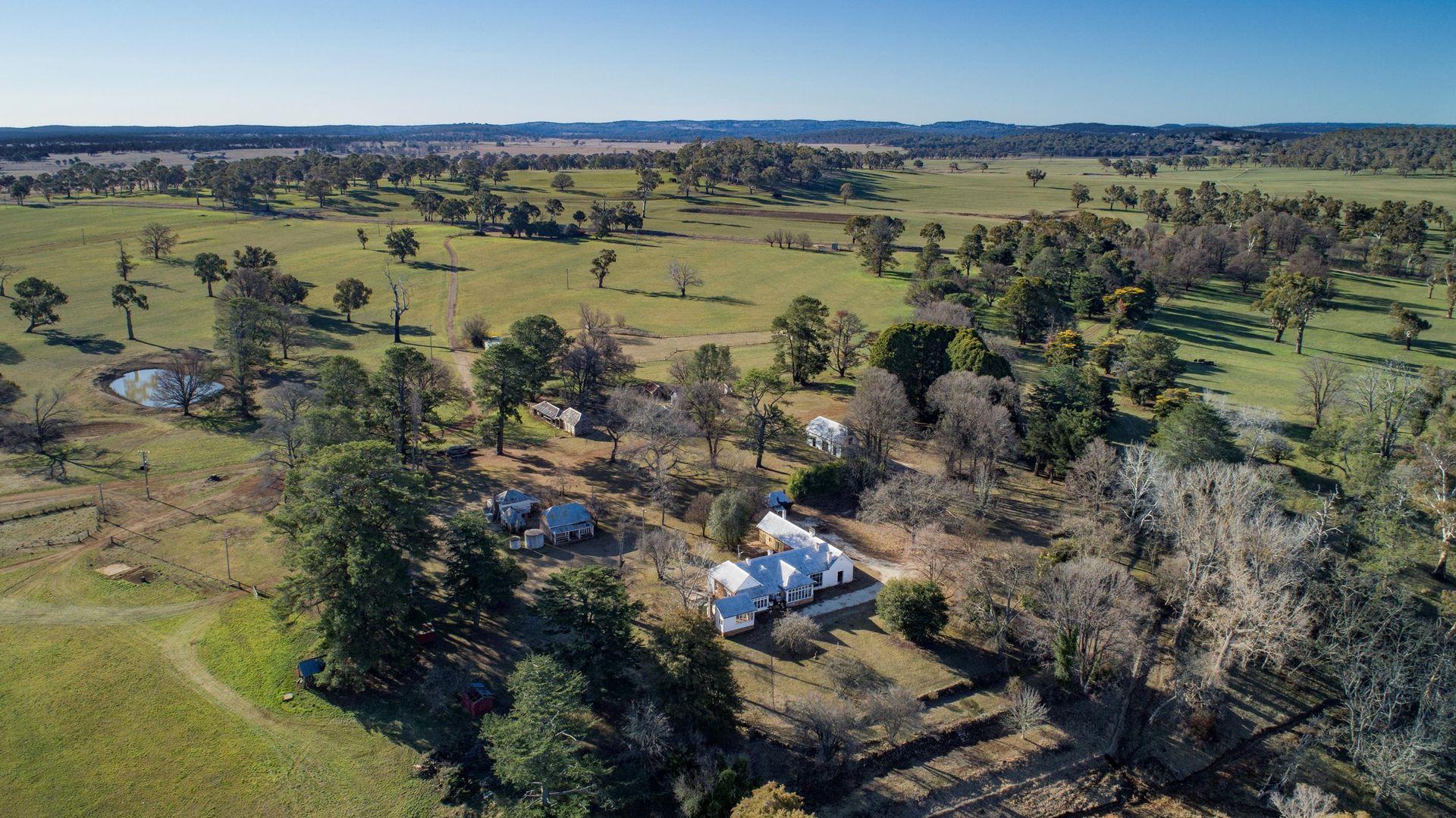1075 Tenterden Rd, Guyra NSW 2365, Image 2