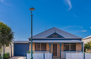 Picture of 2 Chateau Street, Springfield Lakes QLD 4300