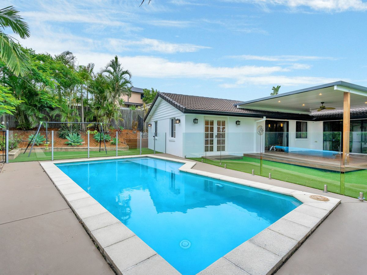2 Salvado Drive, Pacific Pines QLD 4211, Image 0