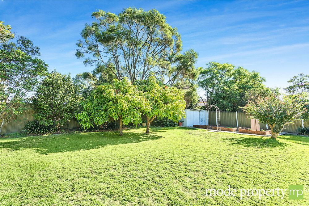 41 Fishburn  Crescent, Castle Hill NSW 2154, Image 2