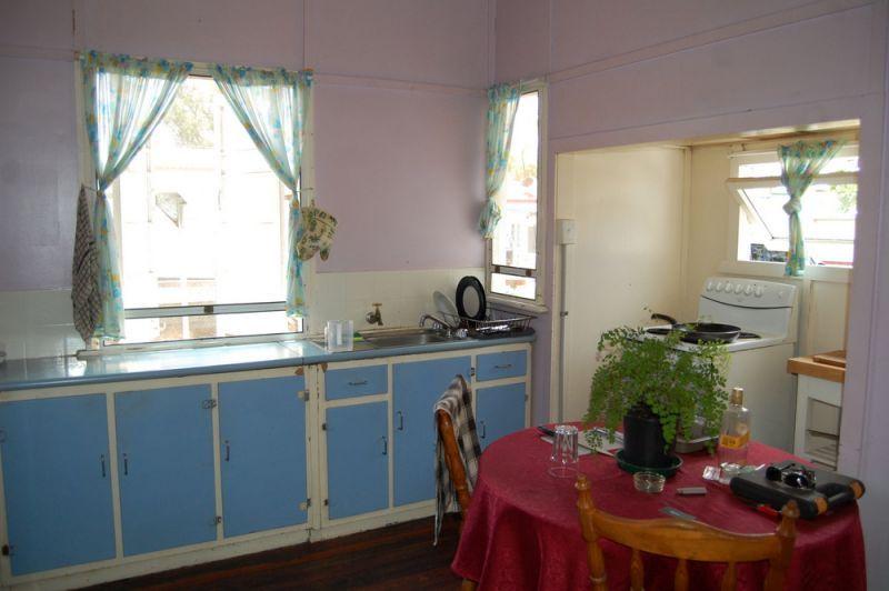 36 Chester Street, Nanango QLD 4615, Image 2