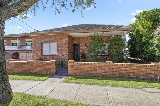 Picture of 25 Woodlands Road, ASHBURY NSW 2193