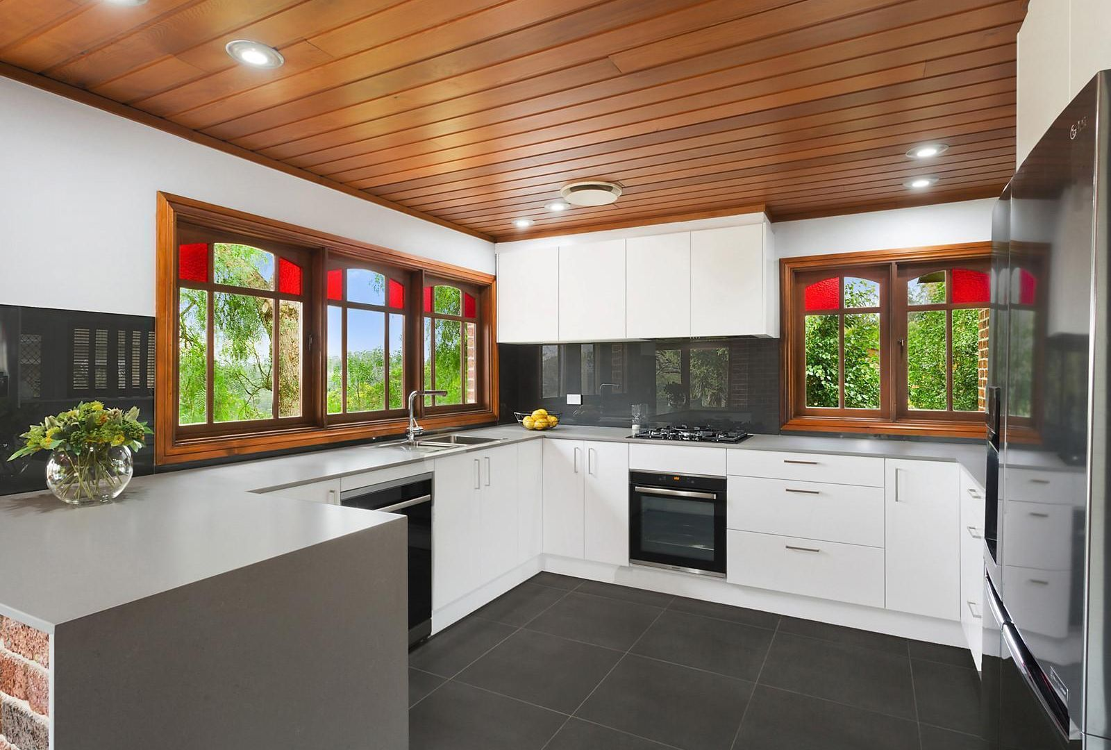 13 Mary Gilmore Place, Heathcote NSW 2233, Image 1