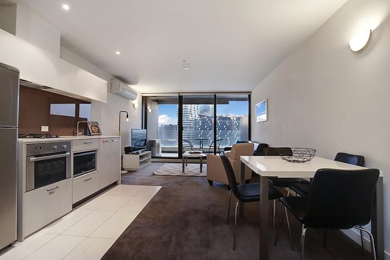 1208/200 Spencer Street, Melbourne VIC 3000, Image 2