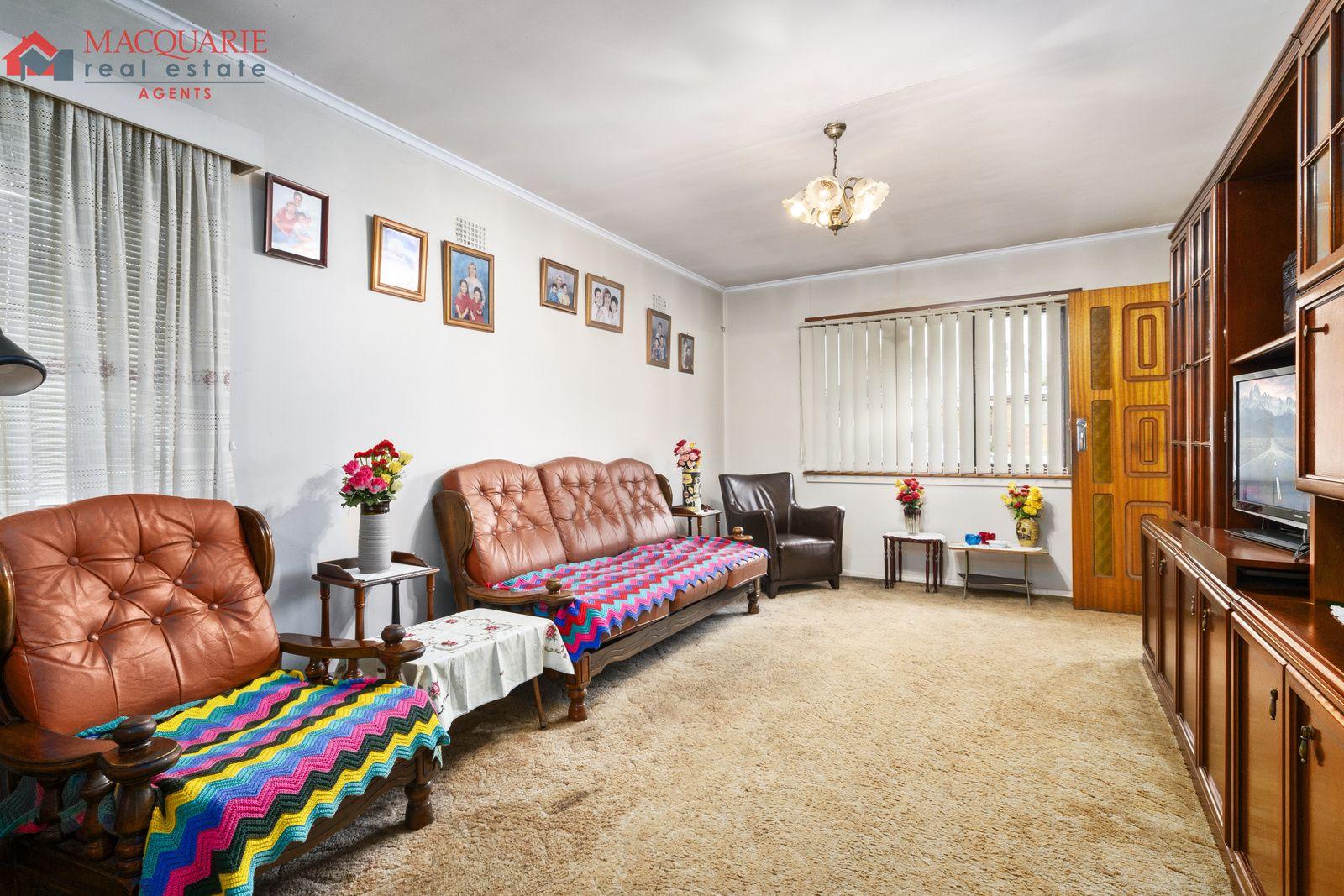 11 Quist  Avenue, Lurnea NSW 2170, Image 2