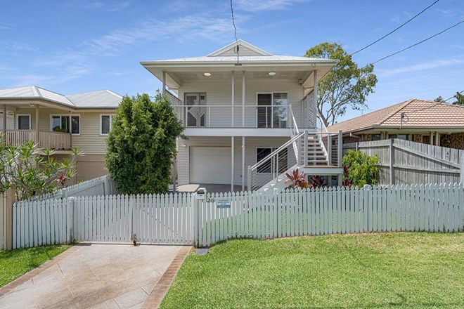 Picture of 28 Ure Street, WYNNUM QLD 4178
