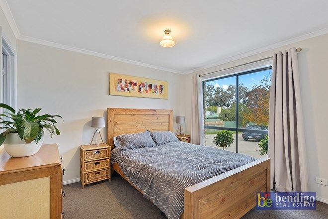 Picture of 2/34 Cunneen Street, LONG GULLY VIC 3550