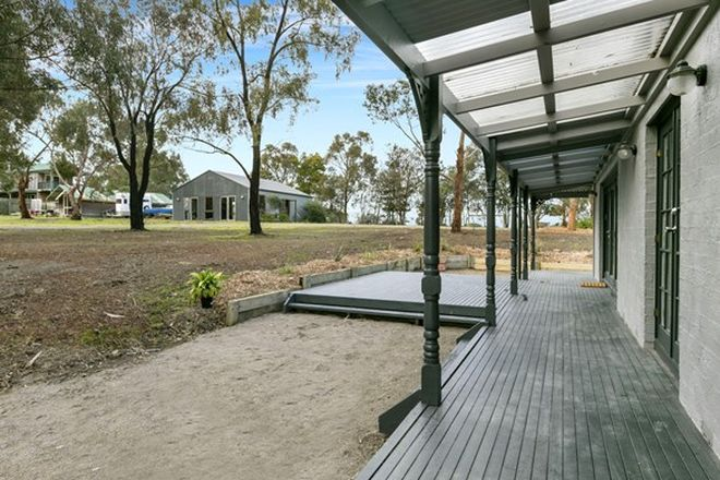 Picture of 58 Graydens Road, TYABB VIC 3913