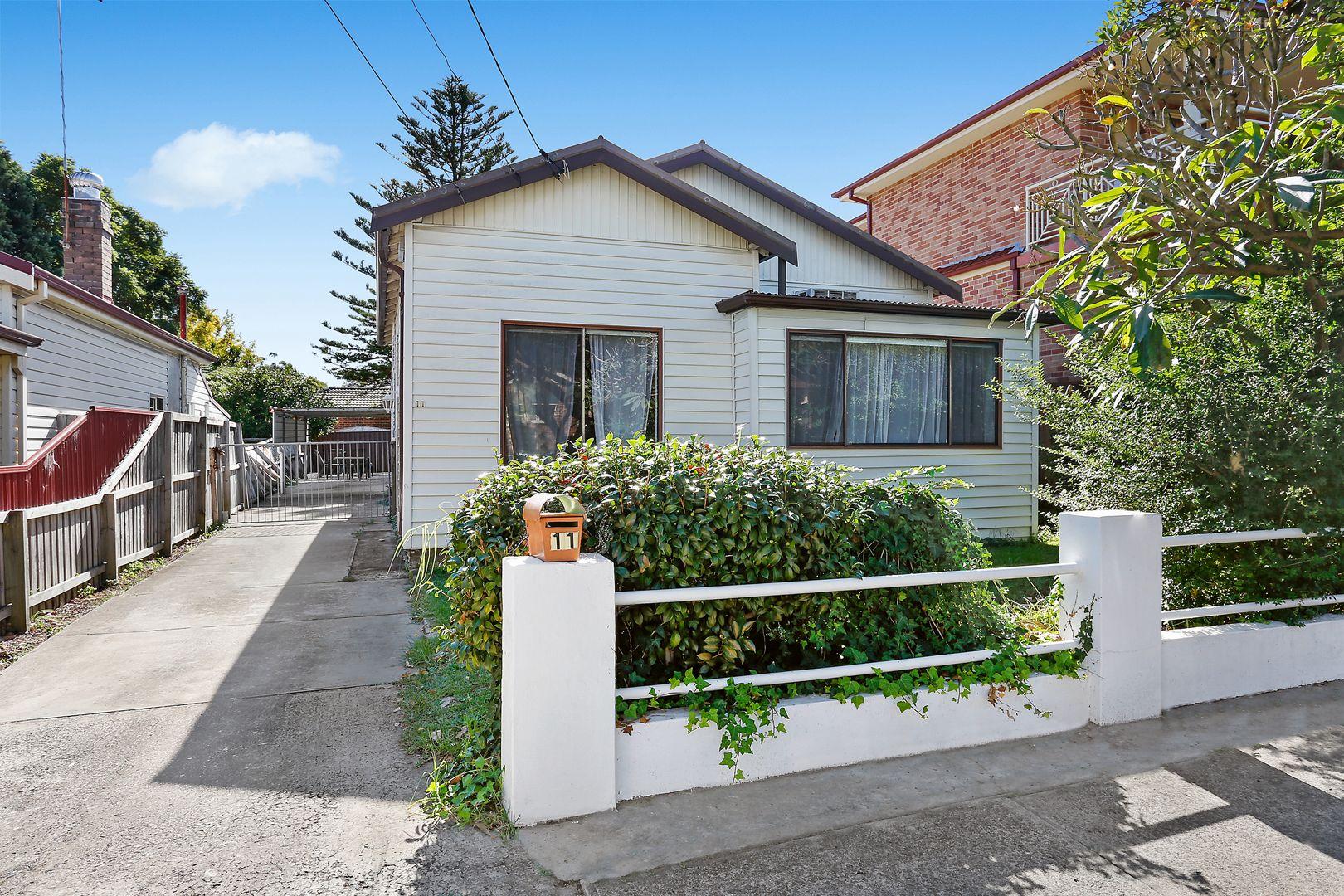 11 Barnes Avenue, Earlwood NSW 2206, Image 1