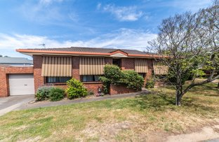 Picture of 2/19 Buckley Street, Long Gully VIC 3550