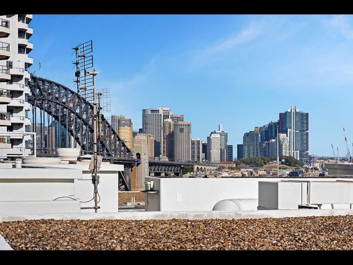 1704/30 Glen Street, Milsons Point NSW 2061, Image 1