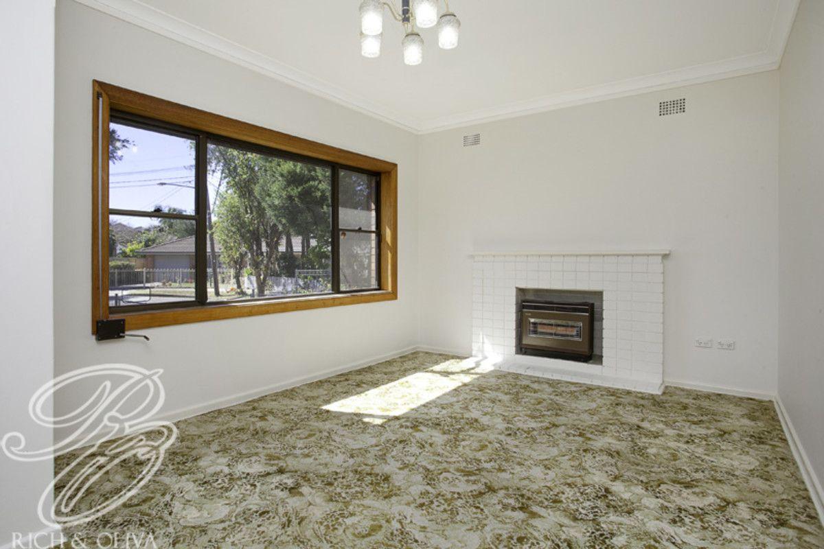 33 Fountain Avenue, Croydon Park NSW 2133, Image 1